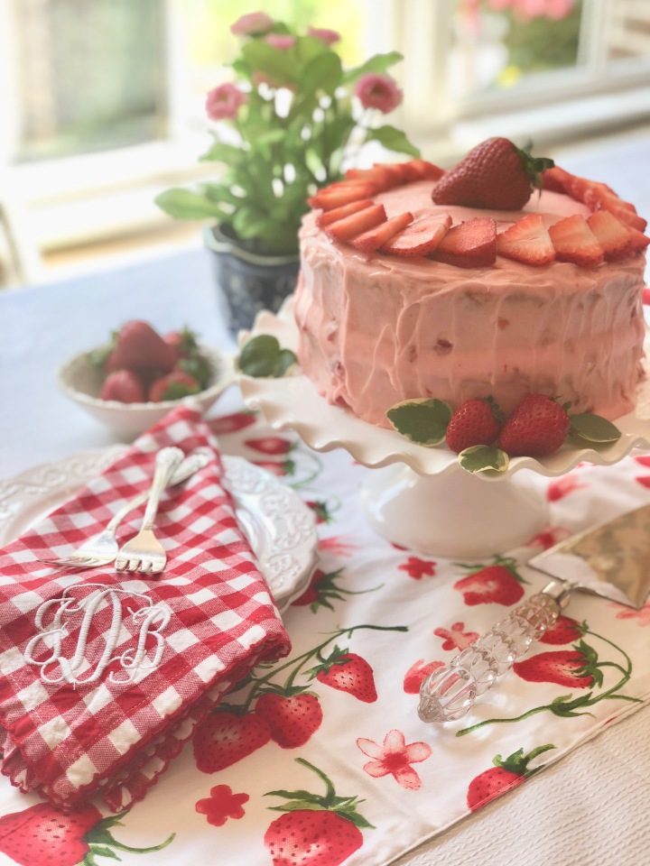Whip It Up Wednesday: Mom's Strawberry Cake